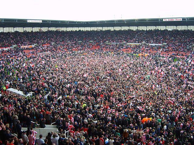 Stoke_City_FC_Pitch_Invasion_2008